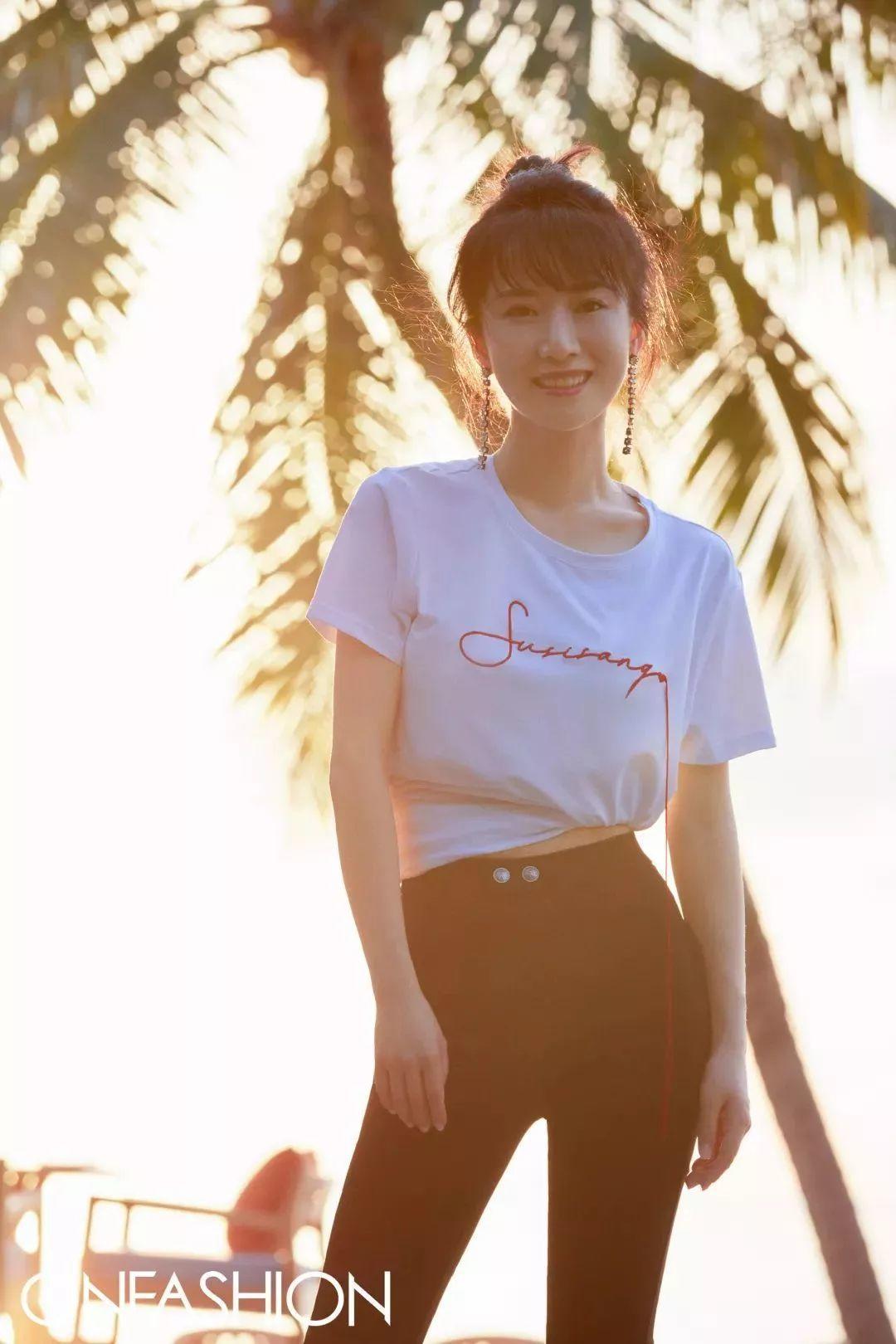 """不只是""""海藻""""和""""朱丽"""",让她亲口告诉你如何成为海岛上最靓的girl"""